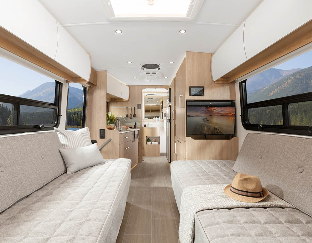 Wonder - Features - Front Twin Bed - Leisure Travel Vans