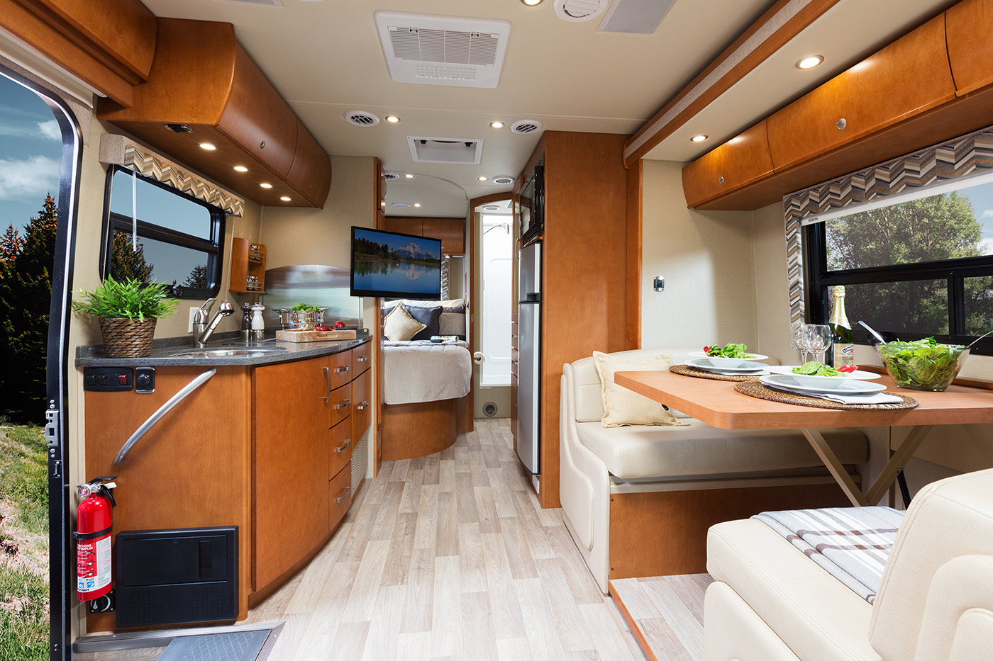 2015 Unity U24MB shown in Chestnut Cherry cabinets & Illusions Décor.