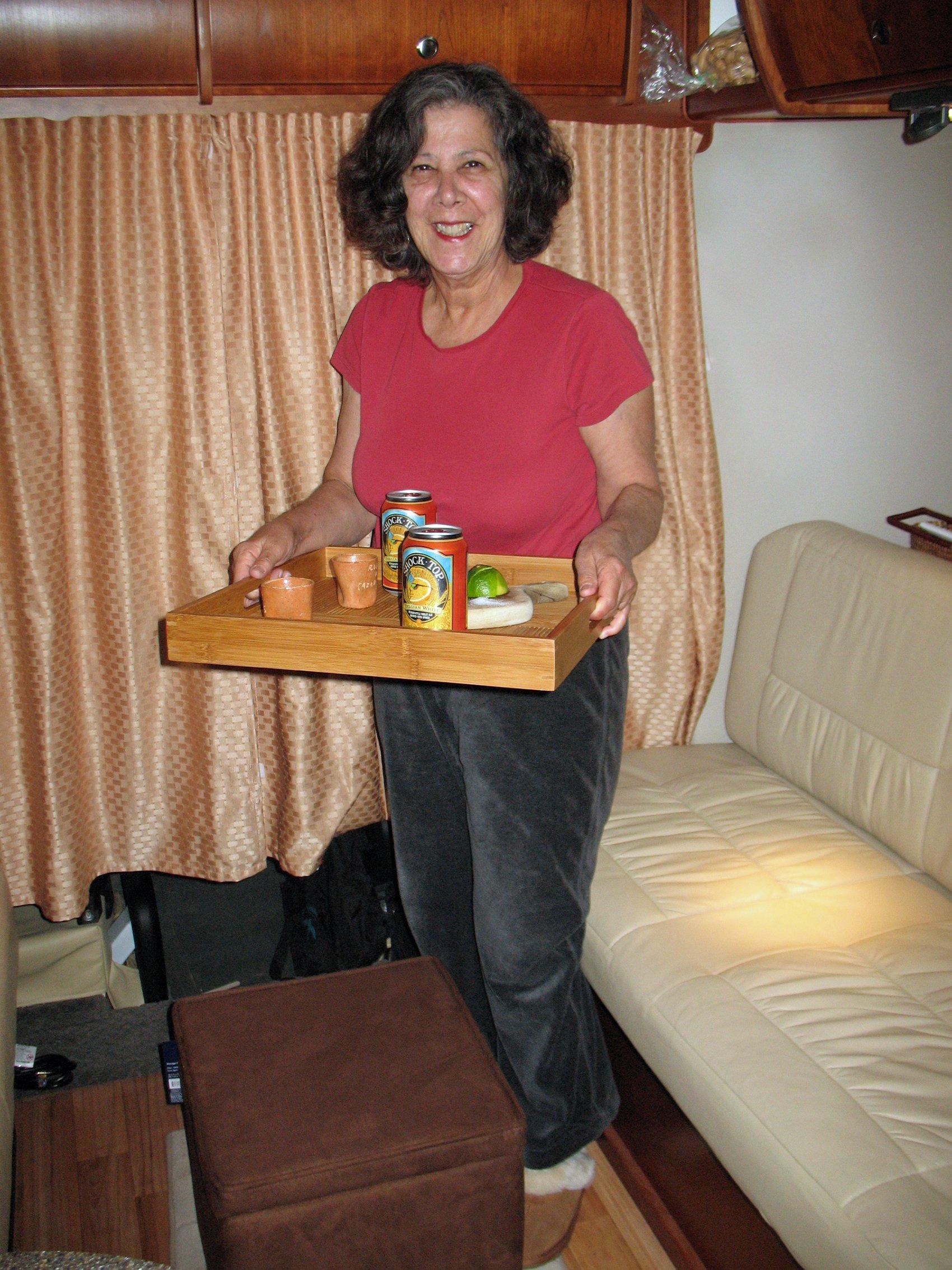 Hostess Roz