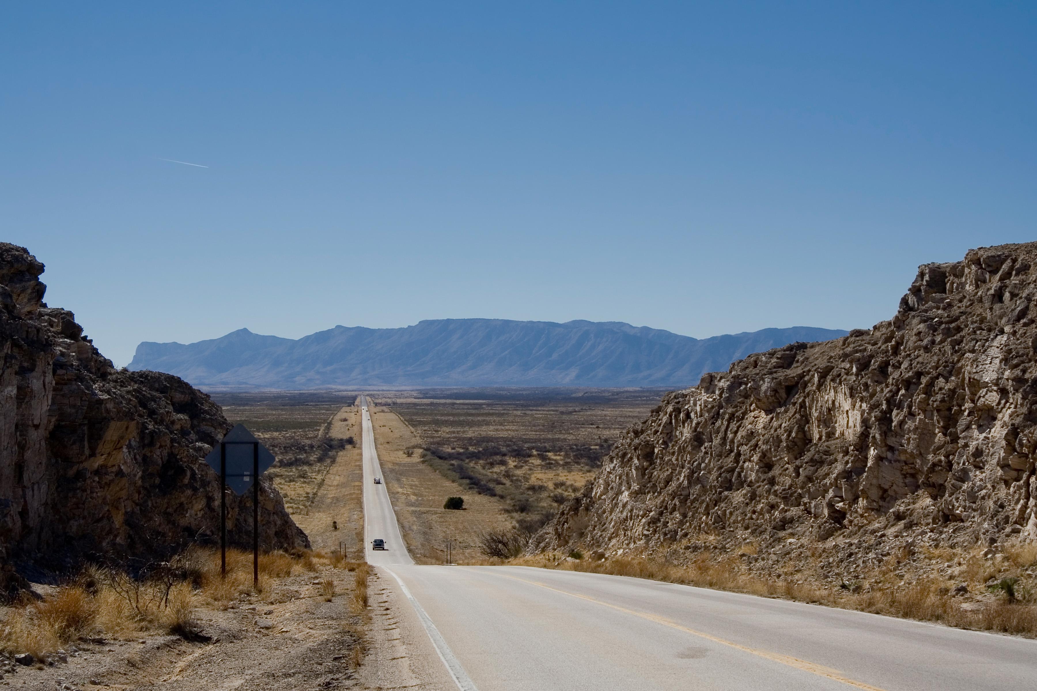 Octogenarians Hit The Road Leisure Travel Vans