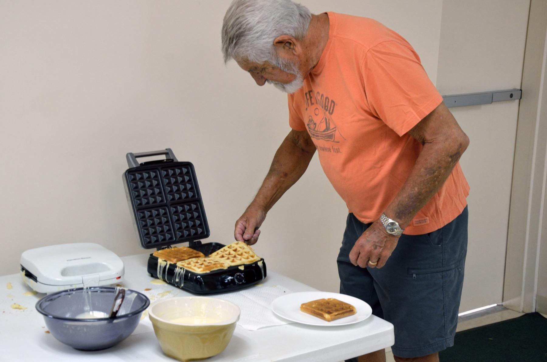 021-Art Fixing Morning Waffles