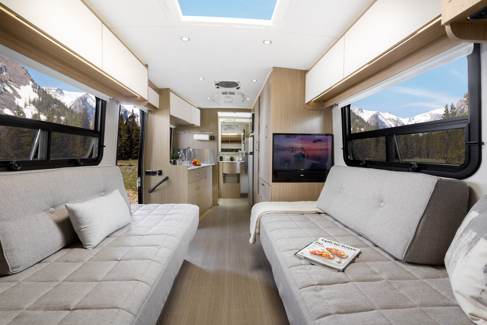 Leisure Travel Vans Adds Front Twin Bed Model To Wonder
