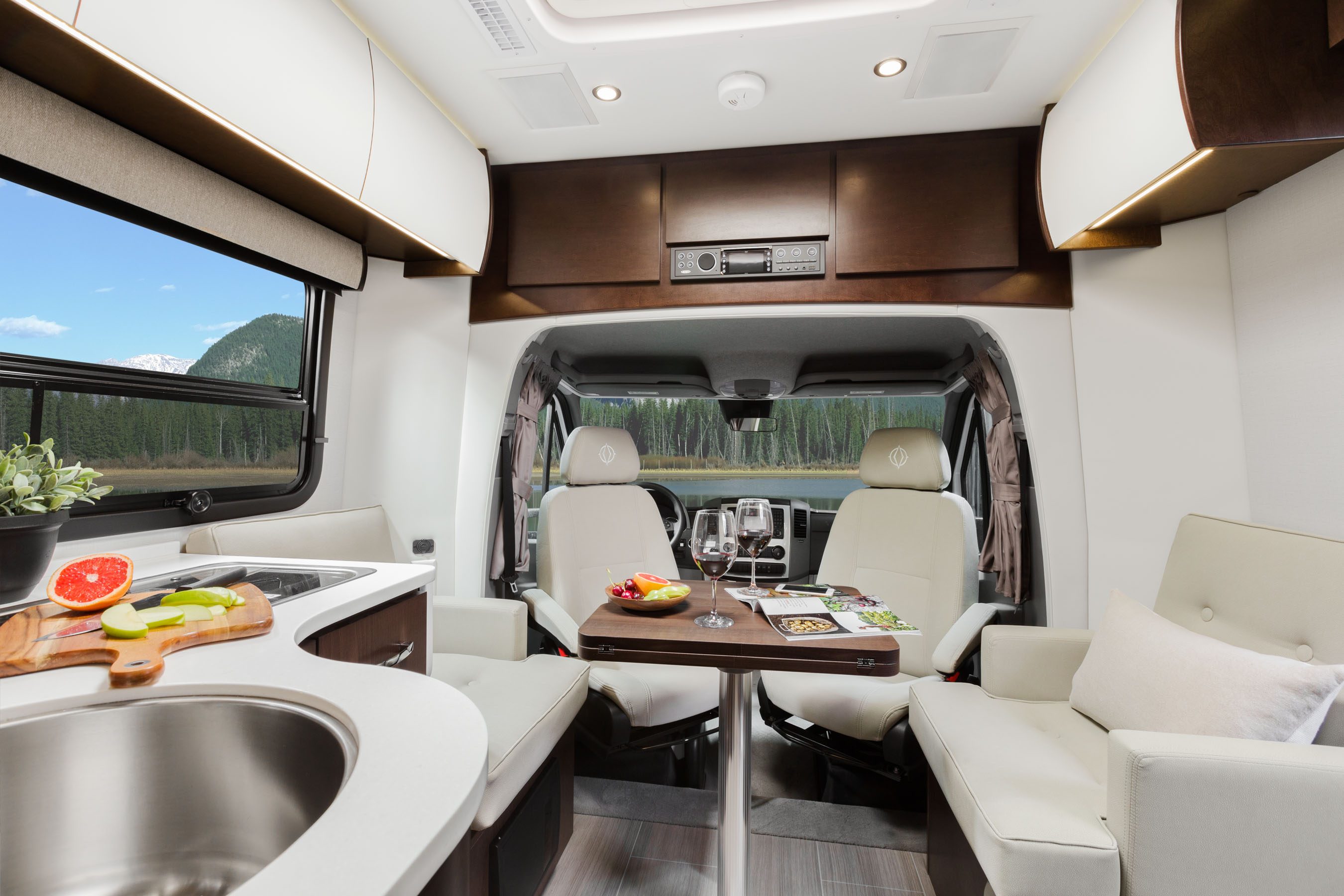 Perhaps The Biggest Change For Island And Twin Bed Models Is Redesigned Residential Style Dinette Seating Updated Seats Are Extremely