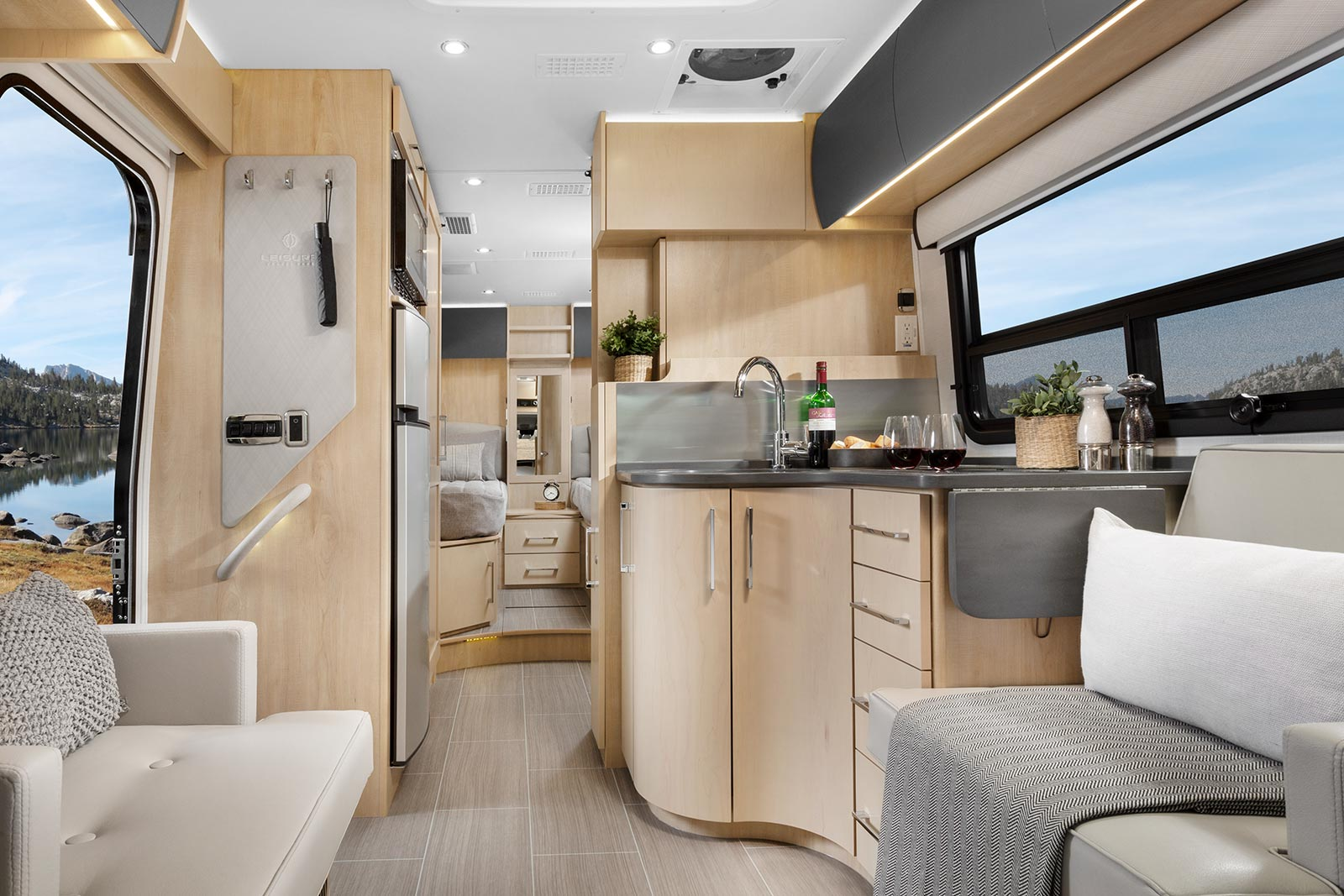 What's New for 2019 - Leisure Travel Vans
