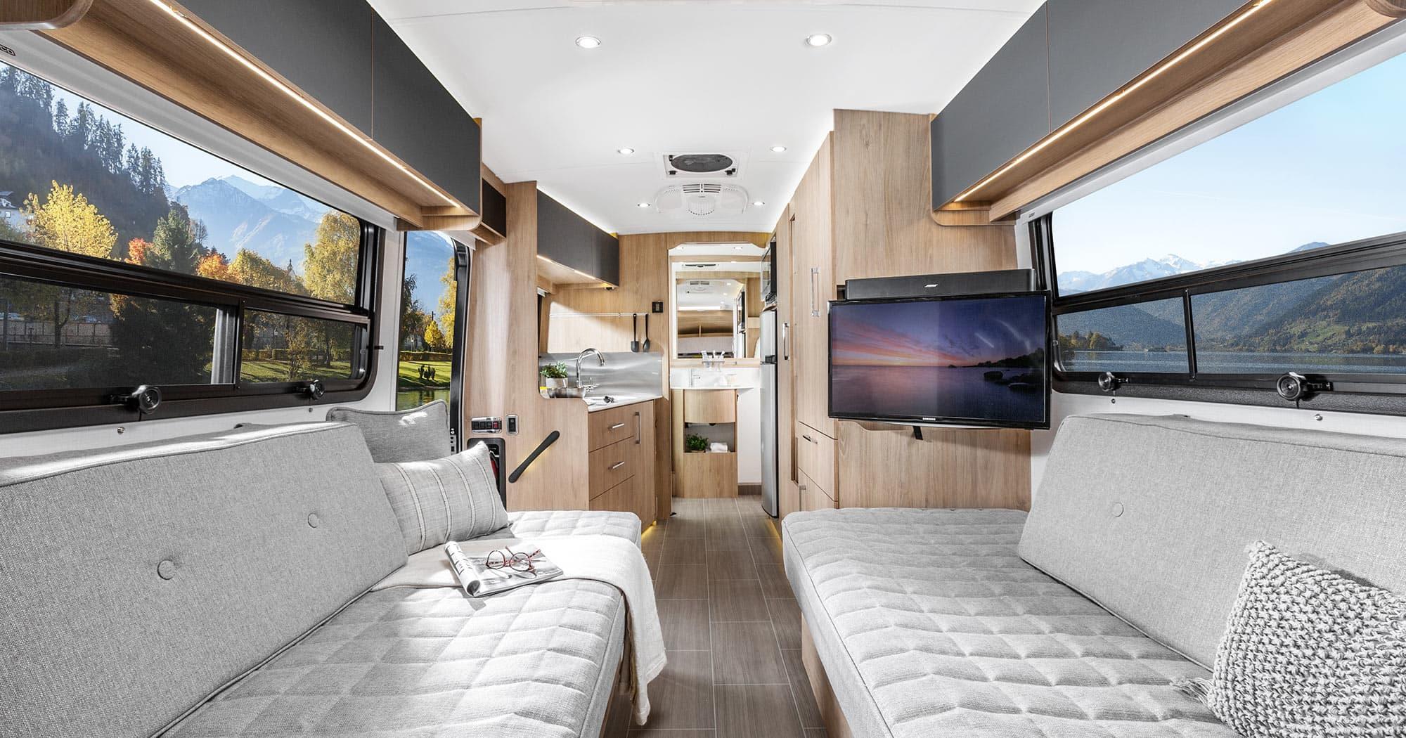 Wonder Features Front Twin Bed Leisure Travel Vans