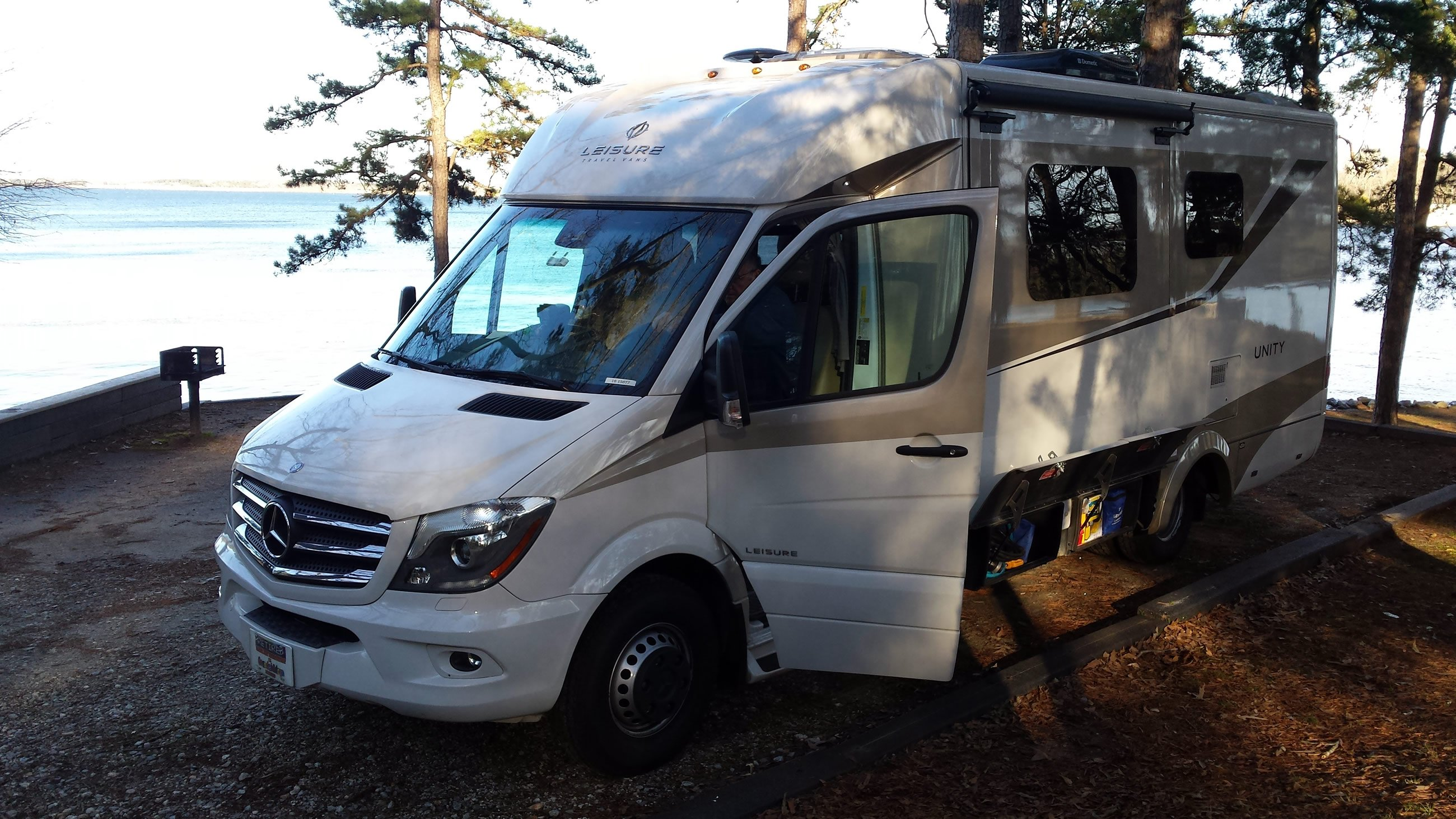 Gvwr Why The Weight Of Your Rv Matters Leisure Travel Vans